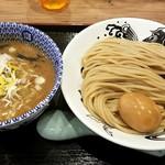 日本の中華そば富田 - 半熟味玉つけ麺:1,010円