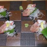 鮨・椿油天ぷら  八木 - 刺身三種盛