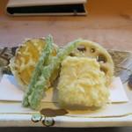 小来川 山帰来 - 野菜の天ぷら