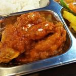 アジアンキッチンアロヒ - チキンカレーの激辛です!