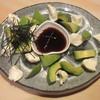 魚心 - 料理写真:アボカドチーズ盛 600円