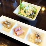 トラットリア ナティーボ - 前菜2種類とサラダ