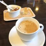 トラットリア ナティーボ - コーヒー(100円)