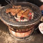 炭火焼肉 太陽 - 炭火焼き