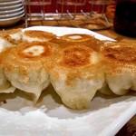 第7ギョーザの店 - 焼餃子