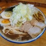 自家製麺 佐藤 - 「節豚骨醤油」+特盛+ネギ増し+味玉。熱々スープに節パウダーたっぷり、うまかったです!
