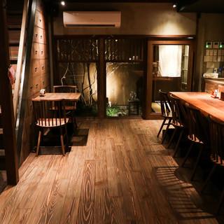 京都四条の呉服店をリノベーションした京町屋