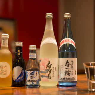 自慢の日本酒をはじめとする、料理に合う一杯をご提供