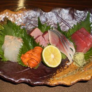 自慢の鮮魚の刺身は朝採れの新鮮なお魚です!