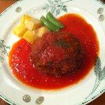 ルリエ 富山店 - ハンバーグトマトソース