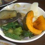 9820067 - さっと湯通しされた有機野菜 食べ放題