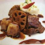 中華バルSAISAI。 - 日替りは中華風豚角煮とマッシュポテト。       ランチメニューよりコピペ。