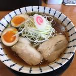 ラーメン専門店 まんてん - 料理写真:醤油ラーメン ※味玉追加