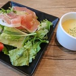 Jinx - サラダとスープ