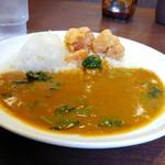 CoCo壱番屋 - 料理写真:オフカレーAタイプ…ほうれん草&フライドチキン 690円(税込み)。