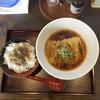 南部屋路ばた - 料理写真:肉そばと肉飯  920円