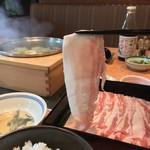 98219799 - 黒豚料理 寿庵 荒田本店(鹿児島県鹿児島市荒田)黒豚の塩しゃぶランチ