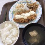モンマルト - チキン南蛮定食