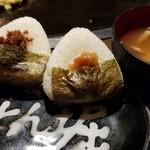 道とん堀 - おにぎりセット(梅干し/おかか)味噌汁