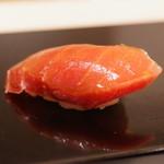 鮨 みずかみ  - 料理写真:鮪中トロ