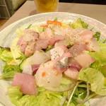 漁師めし酒場 灘や - 漁師風海鮮サラダ