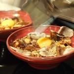 Shangrila's secret銀座店 - 黒毛和牛の煮込みをのせた卵かけキノコご飯