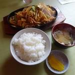 あさひや - 豚キムチ定食680円(ご飯少な目)