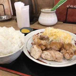 鳥良商店 東大宮東口駅前店 - 鶏もも唐揚げおろしポン酢定食。 美味し。
