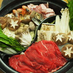 爽季 - 鍋は2色鍋!一番人気はすき焼き!(食べ放題)