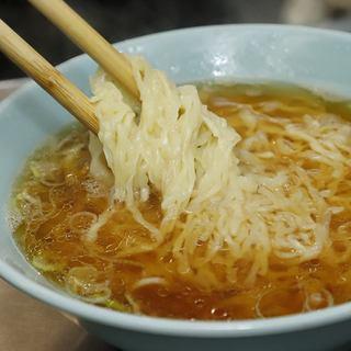 最後の一滴まで飲み干したい!あっさり味わい深いこだわりスープ