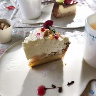 こまものや - 料理写真:シナモンりんごのチーズケーキタルト。美味しすぎた