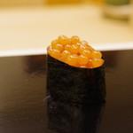 鮨おばな - 料理写真:いくら軍艦