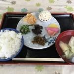 知足亭 - 田舎めし ¥500