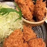 かつアンドかつ - 牡蠣フライとヒレカツ膳。