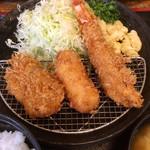 とんかつ富留川 - 料理写真:【レディース定食】 ひれカツ、カニクリームコロッケ、エビフライ
