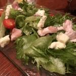 九州熱中屋 - 五島豚のパンチェッタサラダ