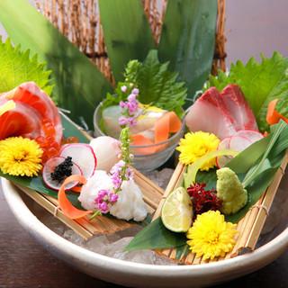 """毎朝金沢より直送◆日替わりでご提供する新鮮""""魚貝""""が旨い!"""