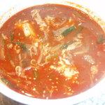 花暖 - 花暖特製秘伝味噌を使用したテグタンスープ!是非一度ご賞味ください。飲めば飲むほどくせになる一品です。花暖特製の秘伝味噌を使用しているため他では味わえない一押しのメニューです。