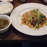 9830076 - 豚肉・野菜・玉子炒め