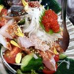 魚八 上野店 - 海鮮サラダ