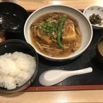 98310766 - 牛肉ときのこのあんかけ揚げだし豆腐定食