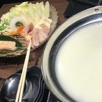 地産地鶏専門店 茂松 - 名古屋コーチンの水炊き鍋