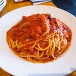 98319909 - トマトとニンニクのスパゲティ