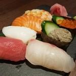 98320549 - 「握り寿司 おまかせ7貫 (1280円)」
