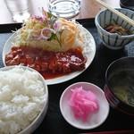 味処渡 - 料理写真:ポークチャップ定食950円大盛プラス50円
