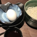 地産地鶏専門店 茂松 - 朝摘み卵のかけご飯