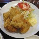 鳳山 - 鶏肉の唐揚げ定食