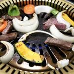 和牛の紀楽 - 鉄板で焼きます。
