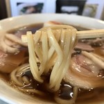98329954 - 参州マタギそば 麺リフト