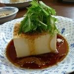 中華料理 かえる - 中華風冷ややっこ!!これも美味い。